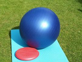 Gymnastické pomůcky pro efektivnější cvičení
