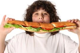 Co způsobuje obezitu u dětí?