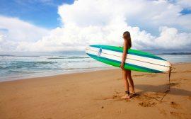 Tvarujte postavu na surfu