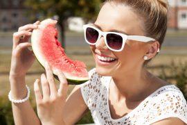 Proč si pochutnat na melounu obzvlášť v dietě?