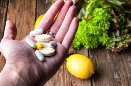 Užívání esenciálních živin z běžné stravy nebo skrze výživové doplňky?