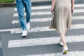 Chůze o vzdálenosti 10 000 kroků jako cesta k pevnému zdraví