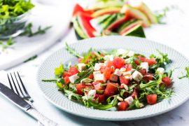 Svěží a lahodné ovocné saláty pro doplnění energie