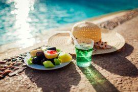 Jídelníček na all inclusive dovolené, po kterém nepřiberete