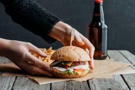 Oblíbená kaloricky vydatná jídla: Co dělat, abyste je spálili?